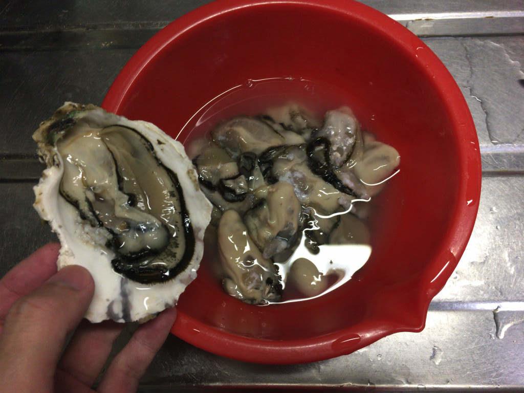 牡蠣のバター醤油焼き1